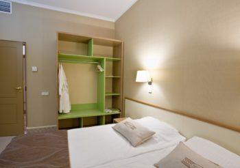 Двухкомнатный  номер - фото номера в отеле Камея на фонтанке в Санкт-Петербурге на официальном сайте гостиницы