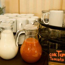 Напитки на завтрак в отеле Камея