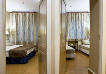 Family room with a wet bar - фото номера в отеле Камея на фонтанке в Санкт-Петербурге на официальном сайте гостиницы